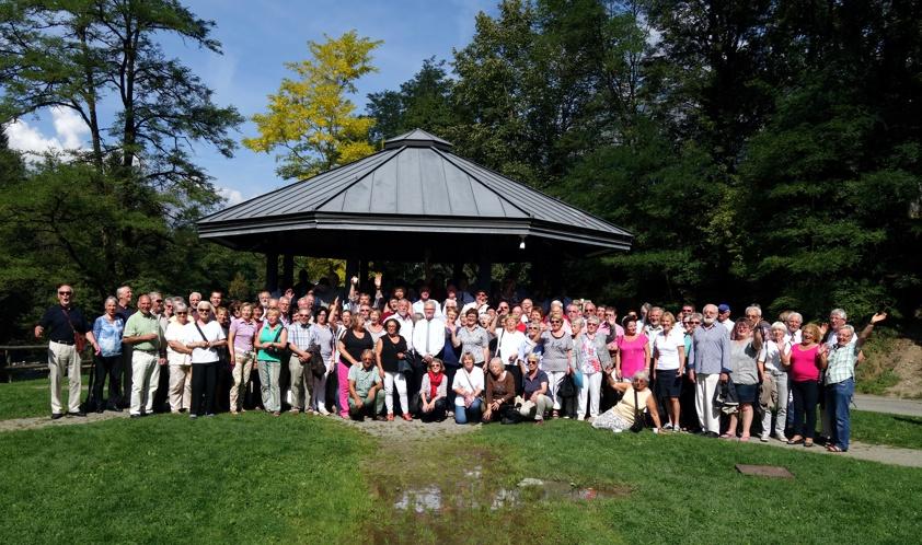 Große Gruppe auf einem Foto