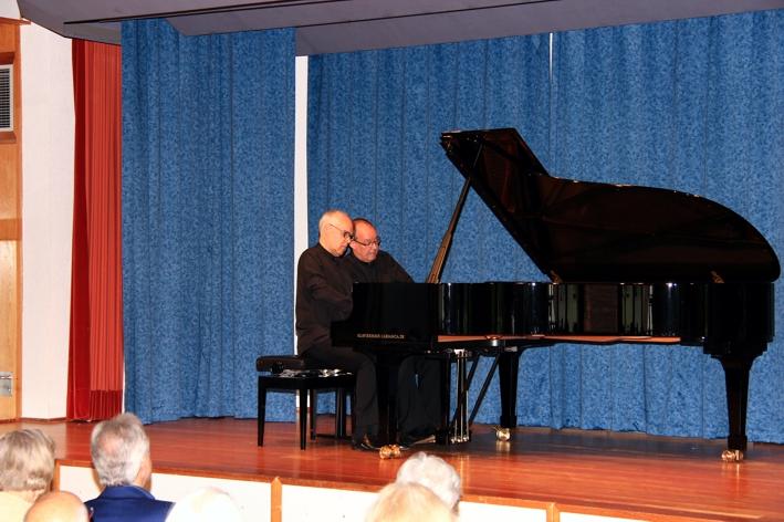 Klavierduo Hans-Peter und Volker Stenzl