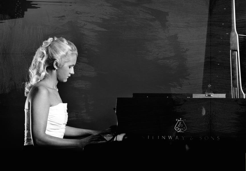 Aleksandra Mikulska am Flügel