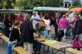 """Auch Bürgermeister Franz Masino kam zur kleinen """"Fairtrade-Kaffee-Bar""""."""