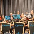Die Musikschule Ettlingen stellte sich am Sonntag im Kurhaus vor. Unser Bild zeigt die Big Band mit Sängerin.  ein.