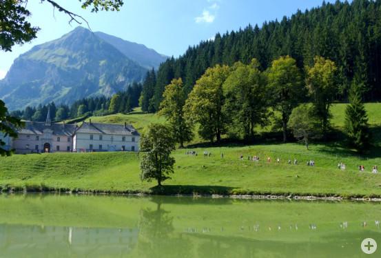 Spaziergang zum Kloster