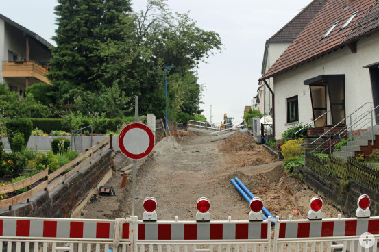 Bereits ein Drittel der Arbeiten in der Josef-Löffler-Straße sind gemacht.