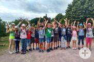 Die Kinder vor der Burg Fleckenstein