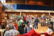 Der Markt für Kunsthandwerk im Kurhaus bot selbstgemachte Artikel aus Holz, Fils oder Glas an.