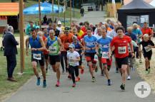 61 Läuferinnen und Läufer gingen in diesem Jahr beim Kurparklauf auf die Strecke.