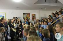 Die Chorkinder der Albert-Schweitzer-Schule haben die Zertifizierungsfeier musikalisch umrahmt.