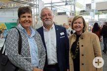 Bürgermeister Masino mit Regierungspräsidentin Felder und Messechefin Wirtz.