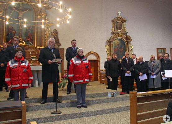 Die Gedenkfeier fand aufgrund des schlechten Wetters in der Kirche St.Wendelin statt. Unser Bild zeigt Bürgermeister Franz Masinio bei seiner Ansprache.