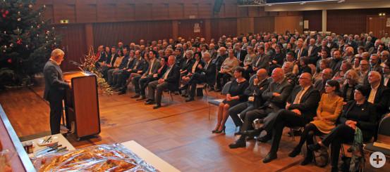 Bürgermeister Franz Masino durfte bei seiner Neujahrsrede in ein voll besetztes Kurhaus blicken.