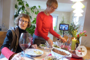 Karin und Beatemarie genießen zusammen