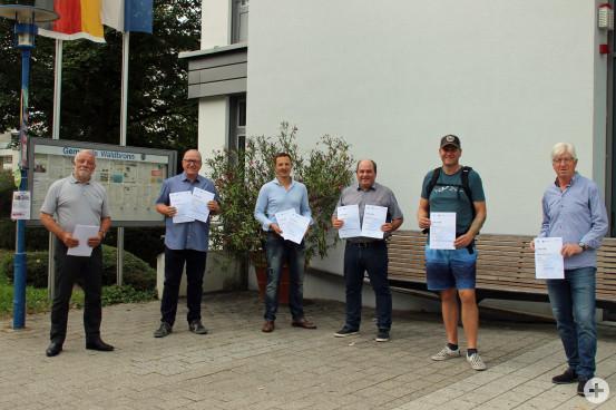 Die Gewinner des diesjährigen STADTRADELN mit Bürgermeister Franz Masino.